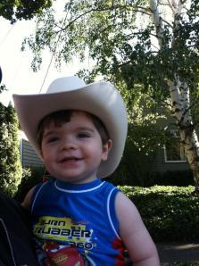 Emile in cowboy hat